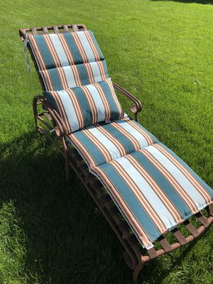 Outdoor Patio Lounge Chair for Sale in Wheaton, IL