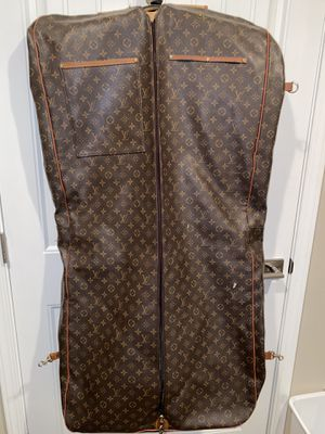 Louis Vuitton Vintage Iconic LV Logo Monogram Fold over Large Garment Bag/Luggage Suit Carrier for Sale in Cypress, TX