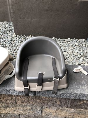 Prince lion heart booster seat for Sale in Issaquah, WA