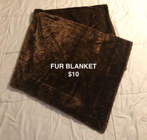 FUR BLANKET for Sale in Providence, RI