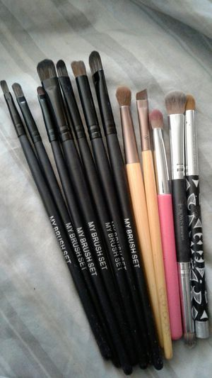 Makeup brushes for Sale in Tempe, AZ