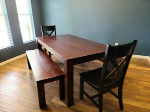 Dining room table for Sale in Apopka, FL