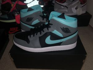 Jordan 1 mid aqua size 13 for Sale in Bothell, WA