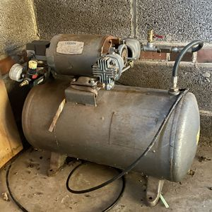 10 Gallon Air Compressor With Leeson Motor And 50ft Hose for Sale in Morton, PA