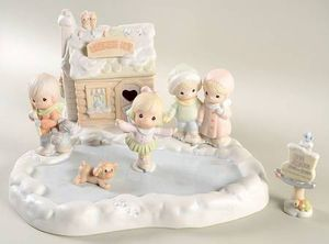 PRECIOUS MOMENTS COLLECTIBLES for Sale in Tomball, TX