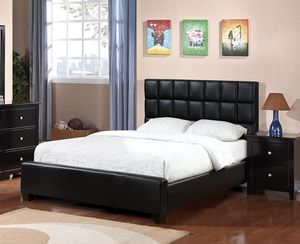Black queen leather bed for Sale in Los Angeles, CA