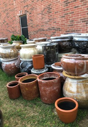 Clay Garden Pots for Sale in Cedar Hill, TX