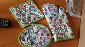 Set of 3 pot holders for Sale in Miamisburg, OH
