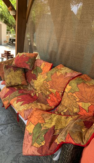 4piece outside cushion COVERS nd 4 pillows for Sale in Fresno, CA
