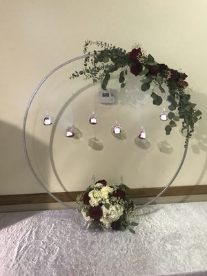 Table stand HOOP for Sale in Los Angeles, CA