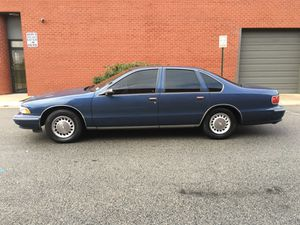 1996 Chevy Caprice Classic for Sale in Silver Spring, MD