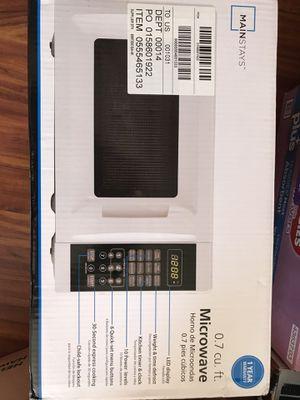 Mainstays Microwave for Sale in Honolulu, HI