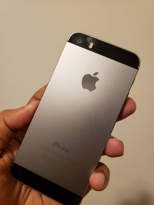 iPhone 5S, Unlocked for All Company Carrier ,  Excellent Condition like New for Sale in Springfield, VA