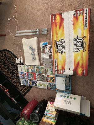 Wii set, all included. 3 controllers. for Sale in Oxon Hill, MD