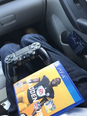 Madden 18 and ps4 controller for Sale in Tampa, FL