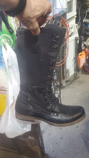 J,75 command boots new for Sale in Columbus, OH