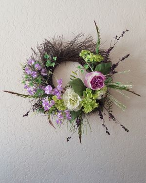 2 beautiful flower wreaths for Sale in Lighthouse Point, FL