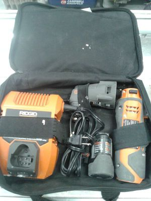 Ridgid 12v Power Handle R8223400 & Multi-Tool Head R8223404 for Sale in Baltimore, MD