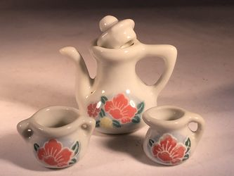 23 piece Mini China Tea Set for Sale in Pisgah,  IL