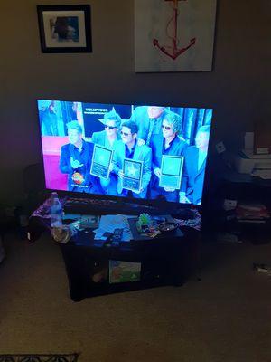 "55"" Amazon fire tv ultra 4k with soundbar for Sale in Loganville, GA"