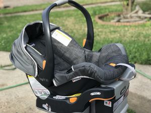 Chicco Keyfit 30 infant car seat for Sale in Houston, TX