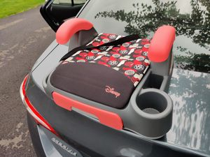 Disney car booster seat for Sale in Dublin, OH