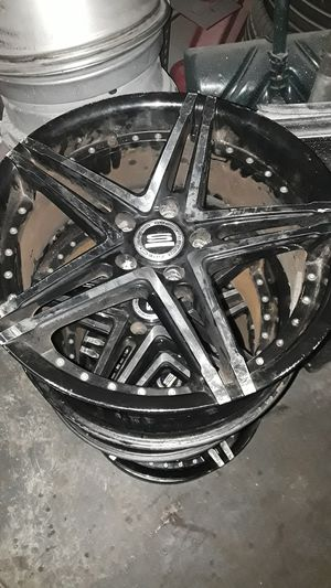"good condition 18"" inch rims for Sale in Baltimore, MD"