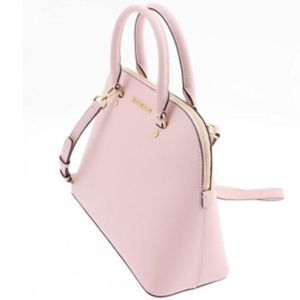 Michael Kors Cindy Large Dome Satchel for Sale in Tallahassee, FL