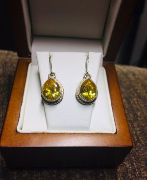 Yellow peridot earrings for Sale in Martinez, CA