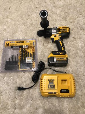 Dewalt hammer drill set with drill bit set for Sale in Kissimmee, FL