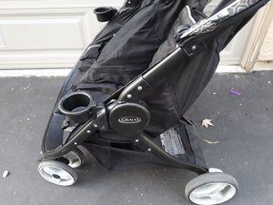 Graco black double stroller for Sale in Mission Viejo, CA