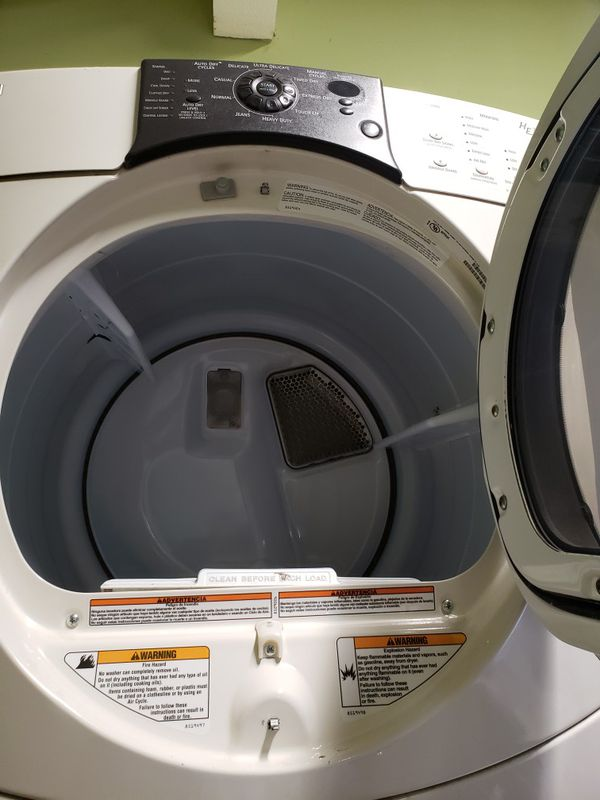 KENMORE ELITE FRONT LOAD WASHER AND GAS DRYER SET