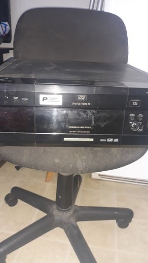Sony CD/DVD PLAYER DVP-CX875P DISK EXPLORER 300 PLUS for Sale in San Leandro, CA