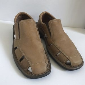 Leather summer sandals for man size 8 1/2 Alfani for Sale in Kenmore, WA