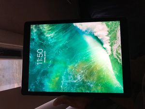 iPad Pro 13 inch for Sale in Jacksonville, FL