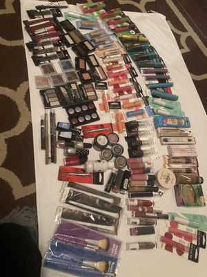 Makeup bundle for Sale in Columbia, SC