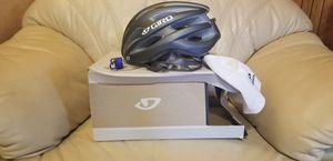 Brand New Giro Womens cycling helmet for Sale in South Gate, CA