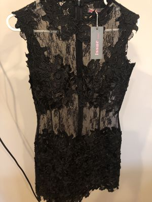 Beautiful never worn Issue New York Lace Dress size small, look gorgeous on for Sale in North Haledon, NJ