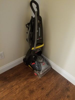 Bissell carpet cleaner for Sale in Conroe, TX