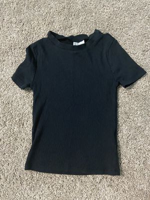 Black crop top from forever 21 for Sale in Gresham, OR