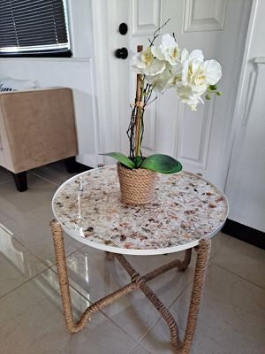 Sea Shell Resin Covered End Table/ Resin Table for Sale in Melbourne, FL