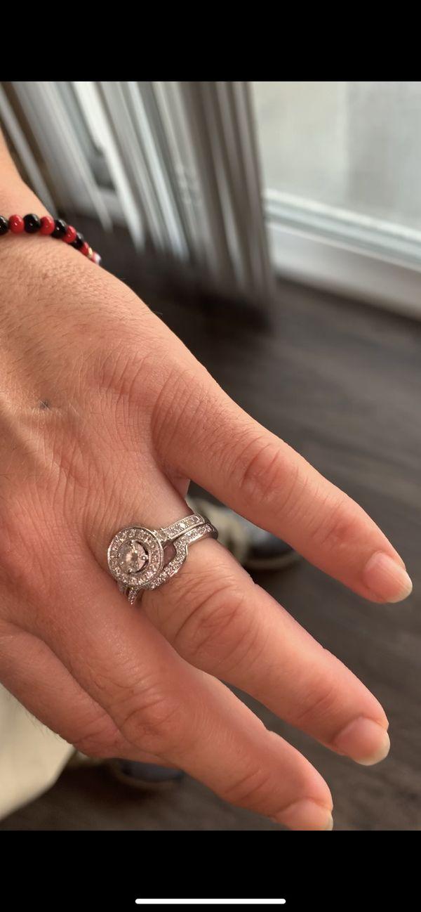 Engagement ring porrati halo 14k