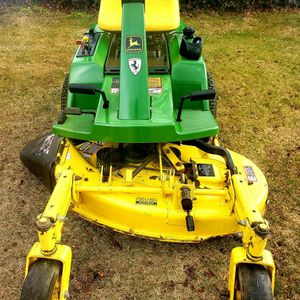 John Deere F510 Zero Turn Riding Mower for Sale in Temple Hills, MD