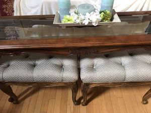 Drexel Heritage foyer table w/2 benches for Sale in Centreville, VA