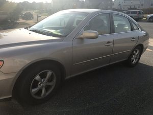 2006 Hyundai Azera Sedan V6 gold with cloth seats, power windows, airbags, great ride. for Sale in Stafford, VA
