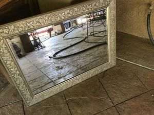 31 x26 wall mirror good condition in silver wood ready to hang heavy duty very nice $10 for Sale in Riverbank, CA