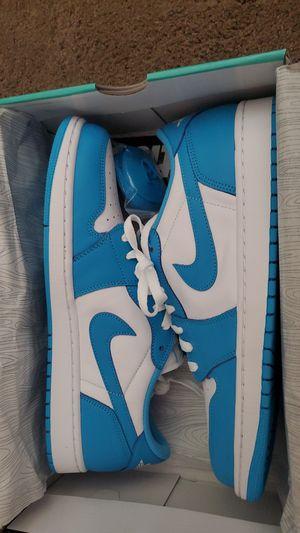 NIKE SB AIR JORDAN 1 LOW QS WHITE/POWDER BLUE for Sale in Vacaville, CA