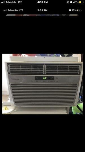 6000 BTU air conditioner blow very cold air for Sale in Washington, DC