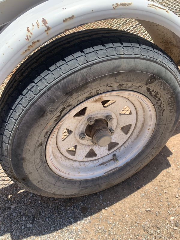 trailer with title! ablo espanol selling for a friend! good tires!
