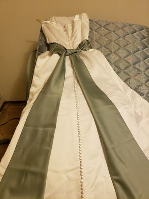 Wedding dress for Sale in Centralia, WA